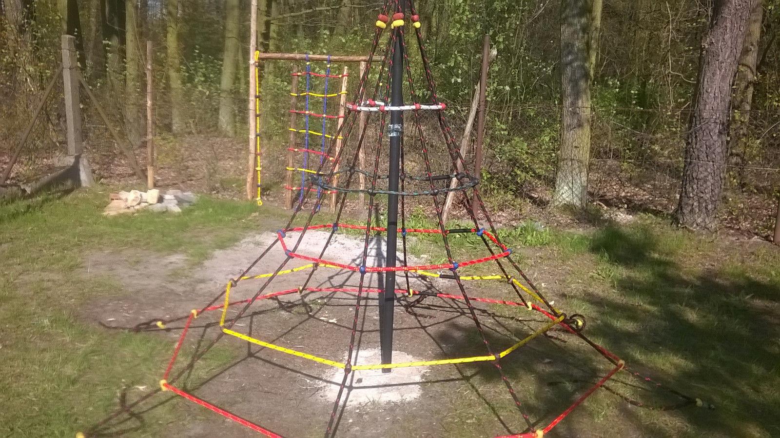 Klettergerüst Pyramide : Sellon 24 onlineshop kletterpyramide klettergerüst spielturm