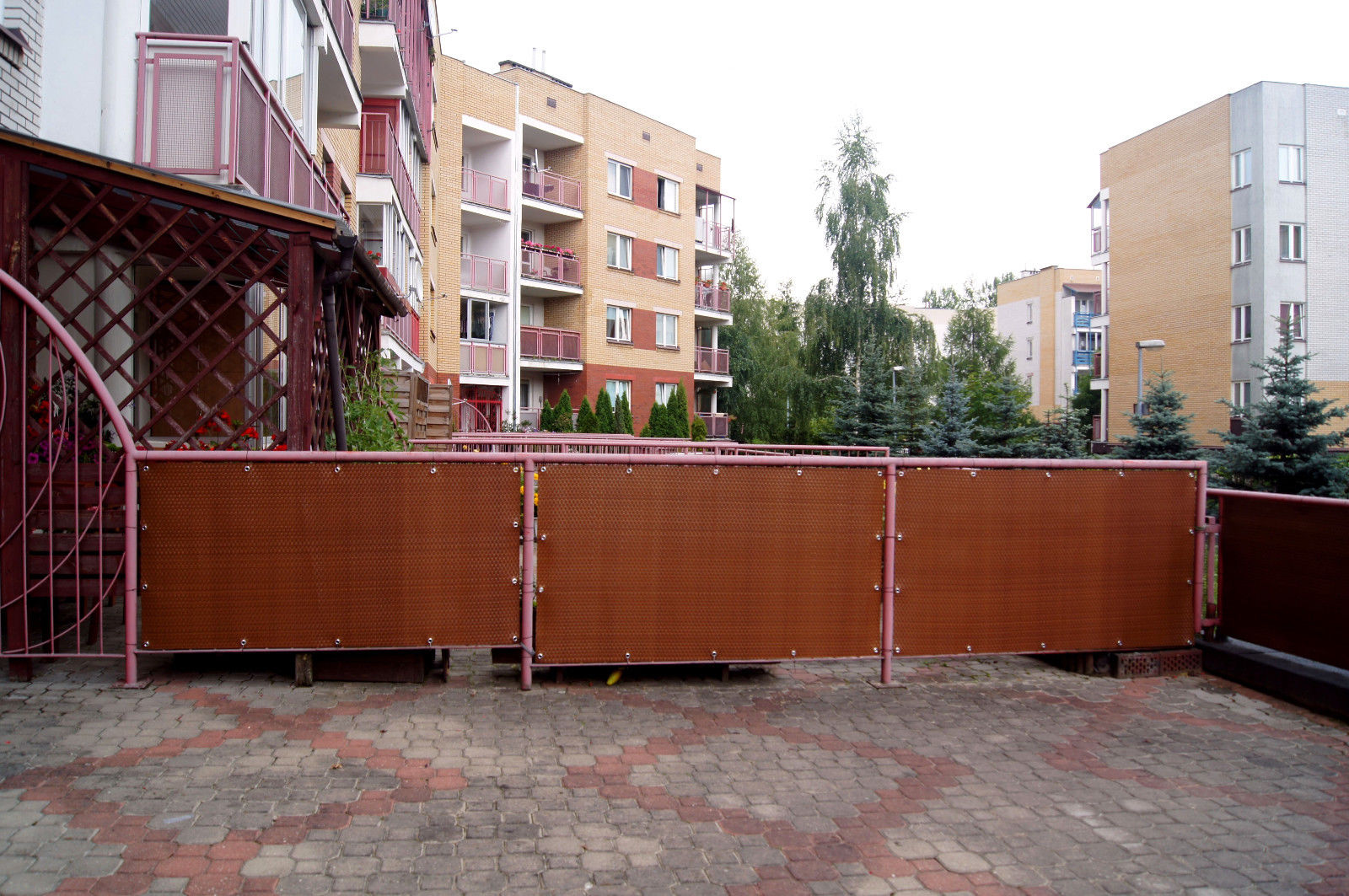 Sellon 24 Onlineshop 18 99 M2 Polyrattan Matte Mit Osen Balkonverkleidung Nach Mass Sichtschutz Balkonsichtschutz Quadratmeter Meterware Balkon